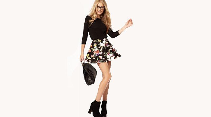 e326fffbb004 Come indossare una gonna a fiori con i giusti abbinamenti